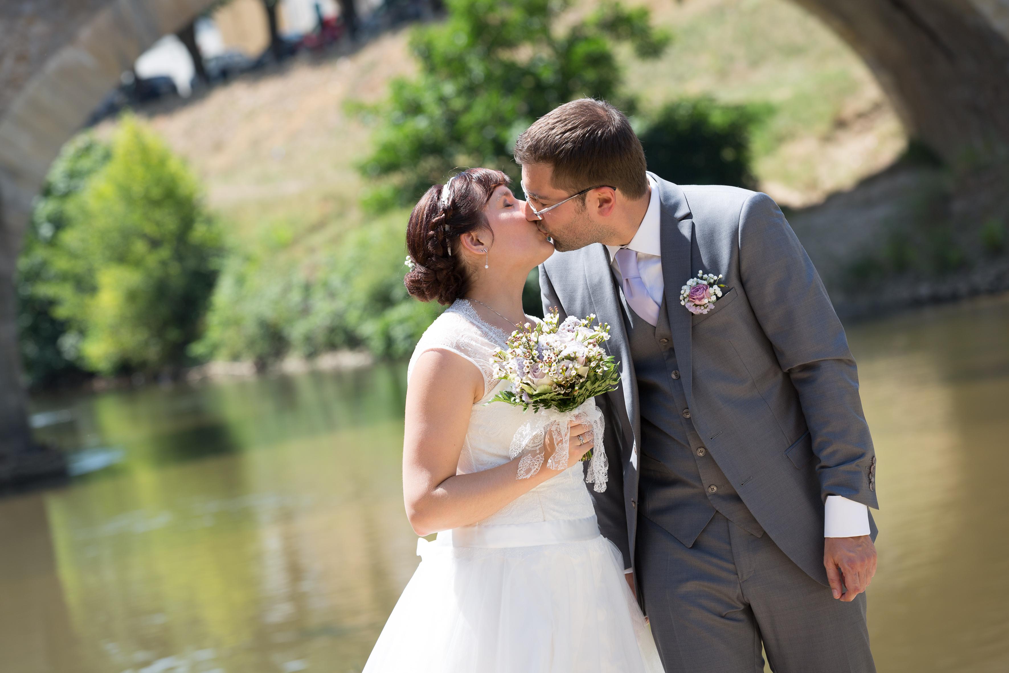 Le mariage fleuri de Mme Fleur en parme, anis et ivoire