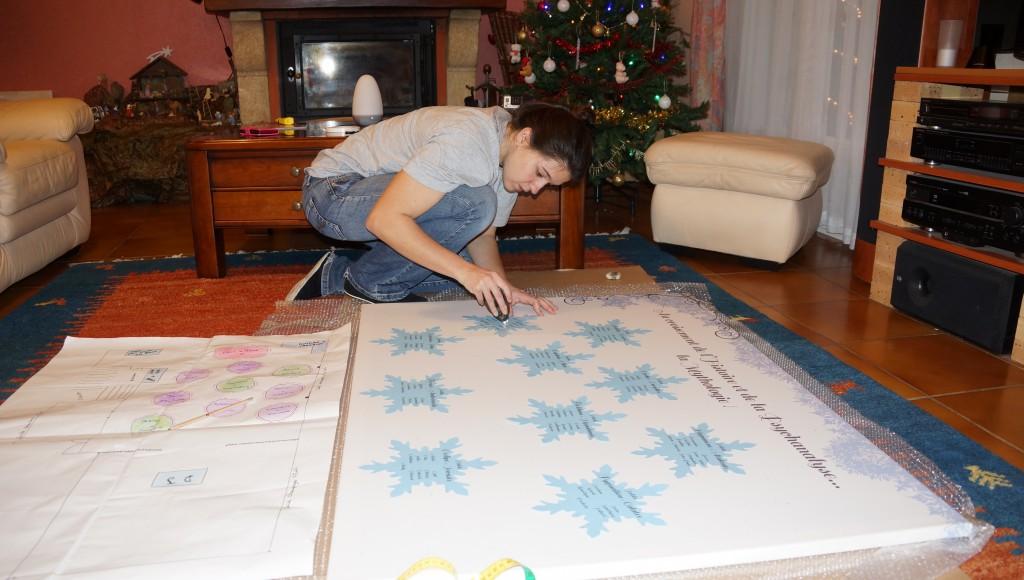 Derniers préparatifs avant le jour J : collage du plan de table