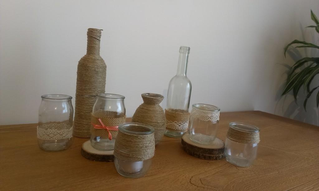 bouteilles et pots décorés en cordelettes