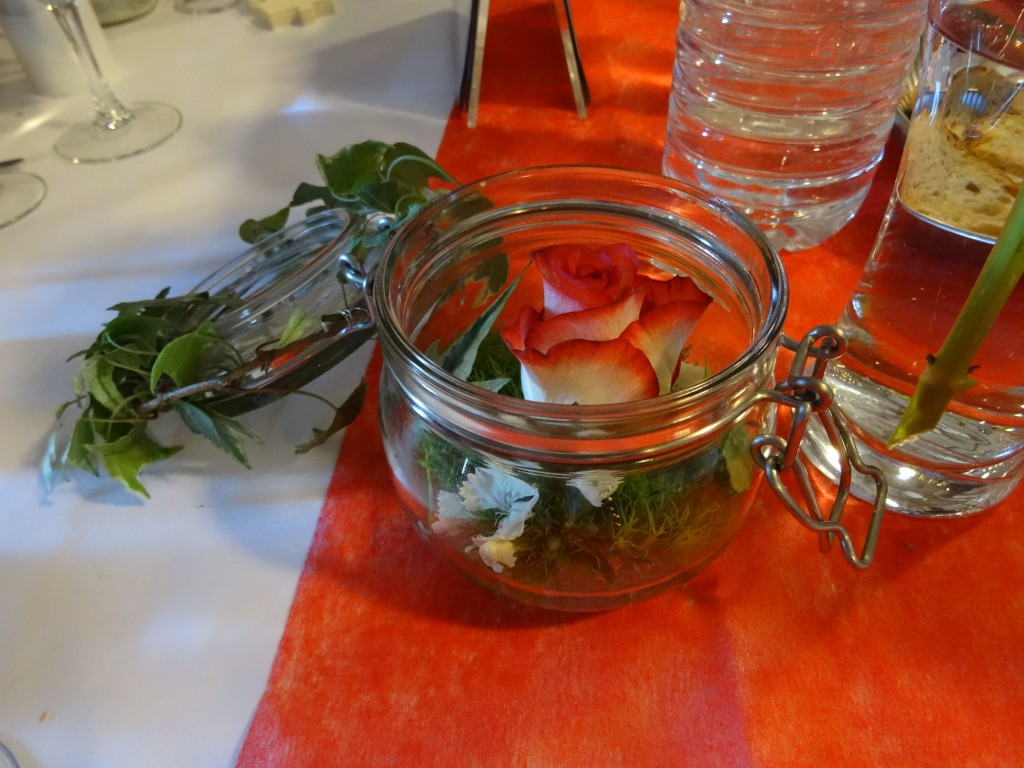 centre de table floral rouge