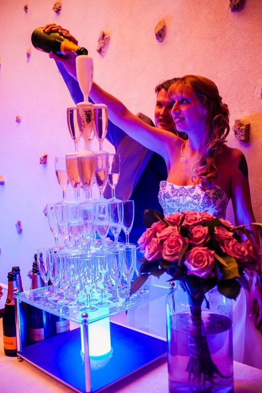 La fontaine à champagne // Photo : Sarah Dawson Photography