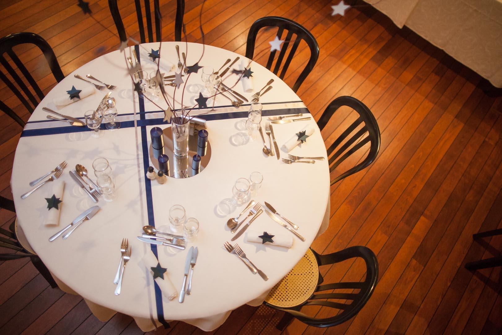 Notre décoration de salle en bleu, agent et blanc // Photo : Sébastien Leloup, 76 images par seconde