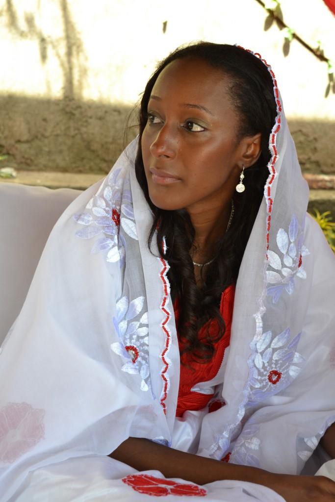 Matin du premier jour de fête et traditions du mariage en Guinée