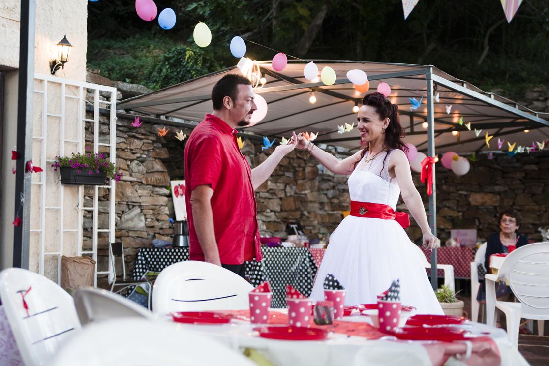 Le mariage rockabilly et participatif de Catherine dans le Cap Corse