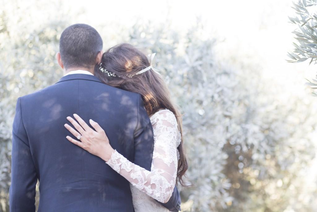 Le mariage romantique de Julie en Provence - Photo Peggy Herbeau 1 (6)