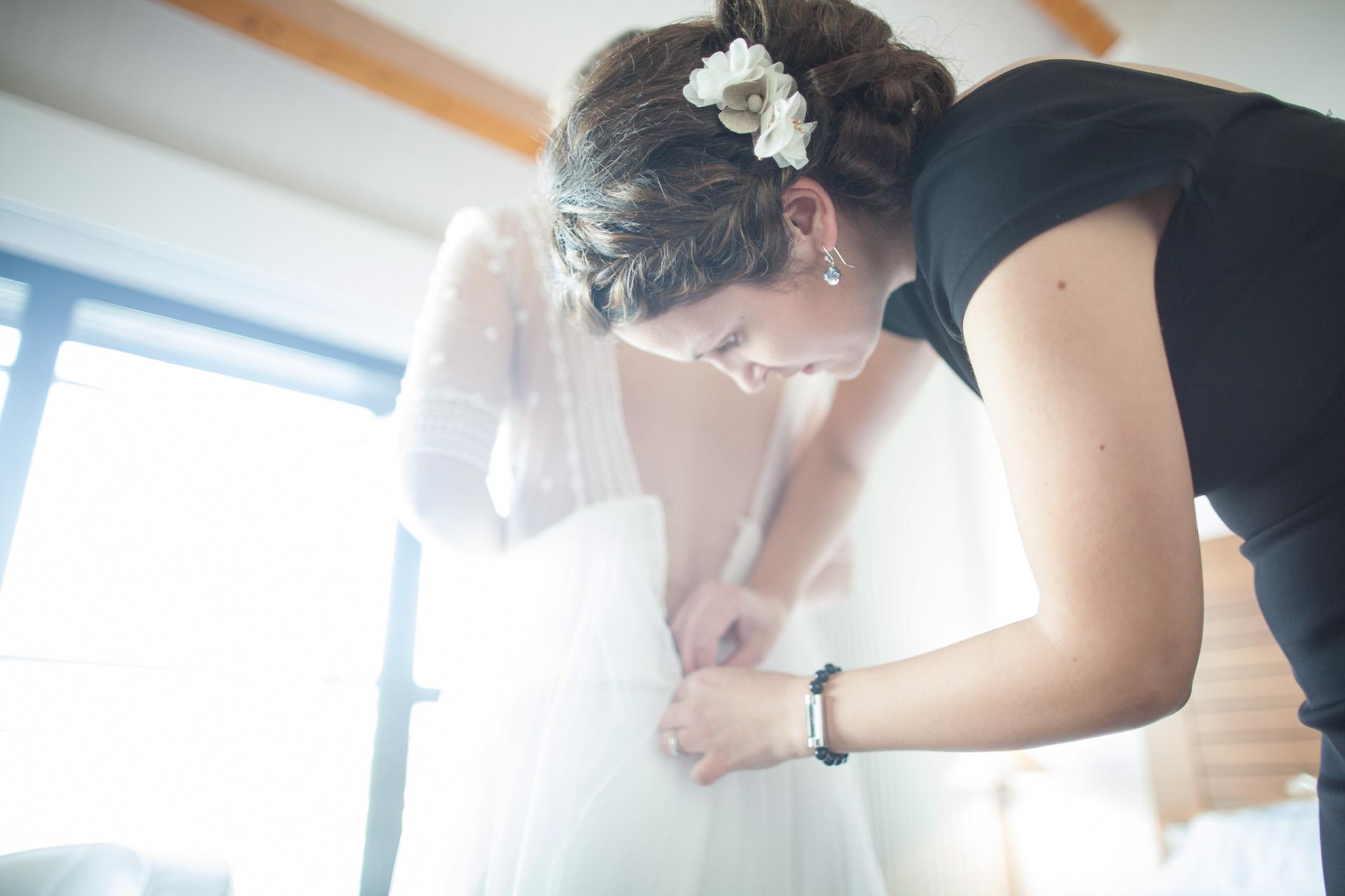 La mariée s'habille - Sébastien Leloup