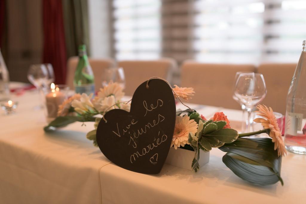 Le mariage romantique de Loulou aux touches corail (17)