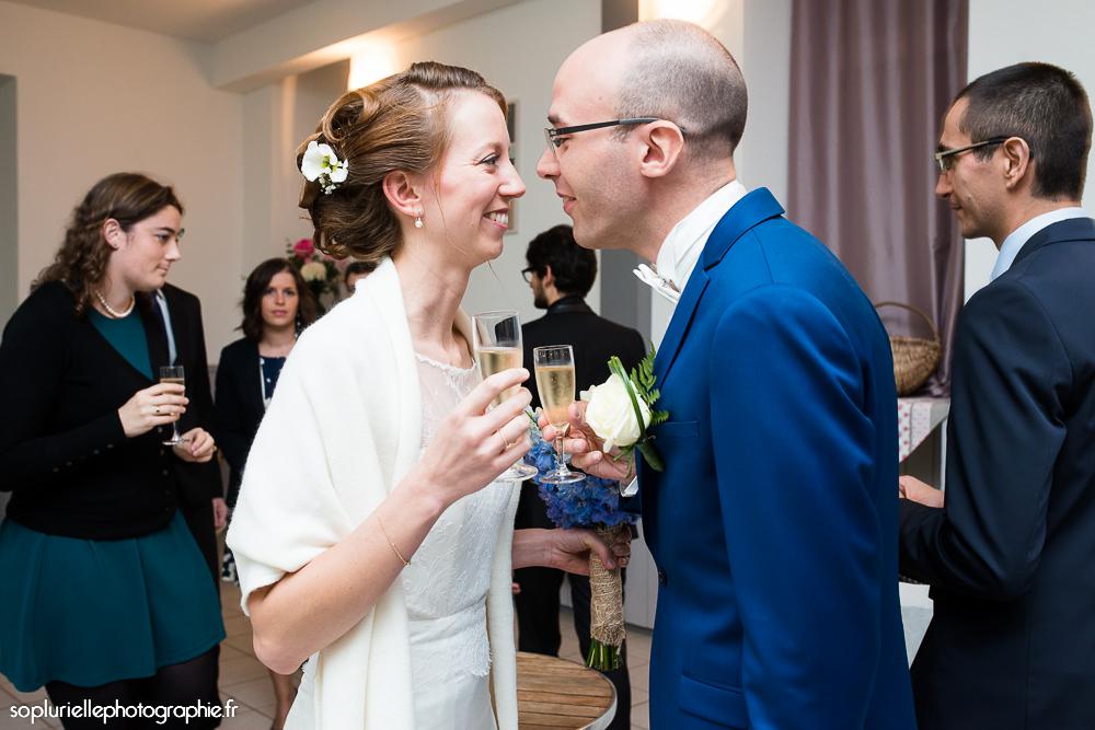 Mon mariage en bleu sur fond vert : boire un coup !