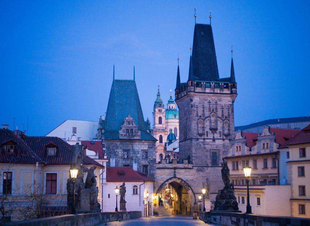 Des fiançailles à Prague