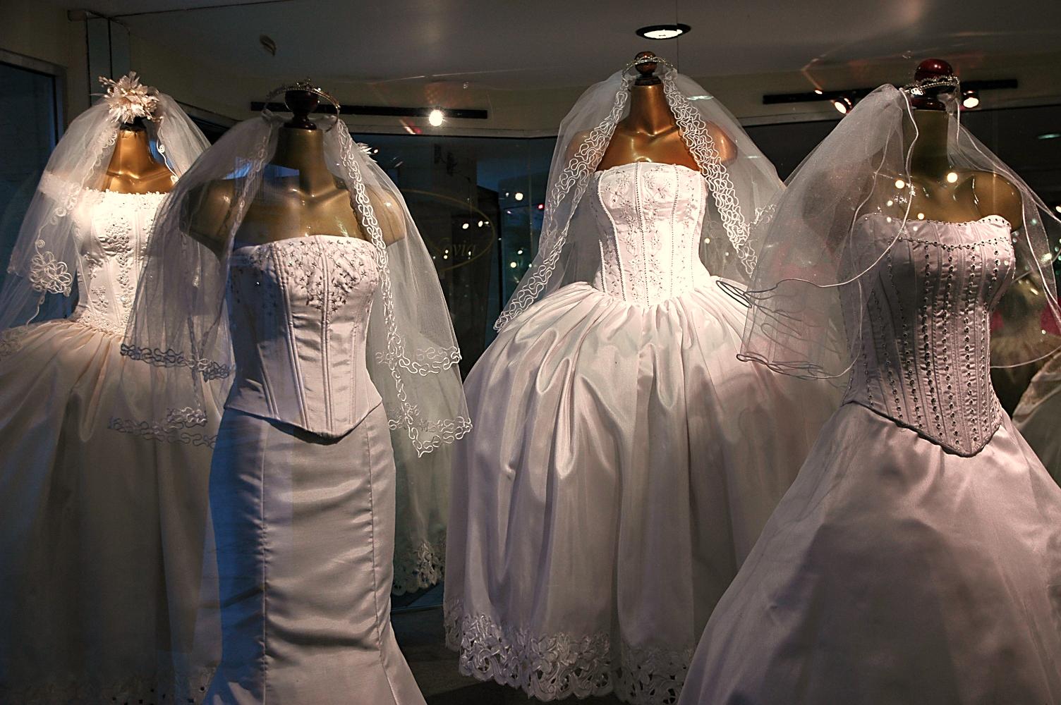 Mon mariage entre rêve et réalité : la quête de la robe – Partie 2