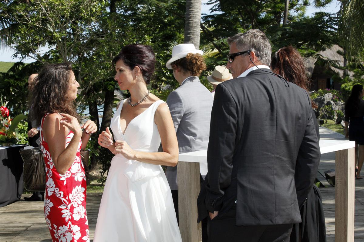 Mon mariage intime, élégant et convivial : un cocktail à l'ambiance océanienne