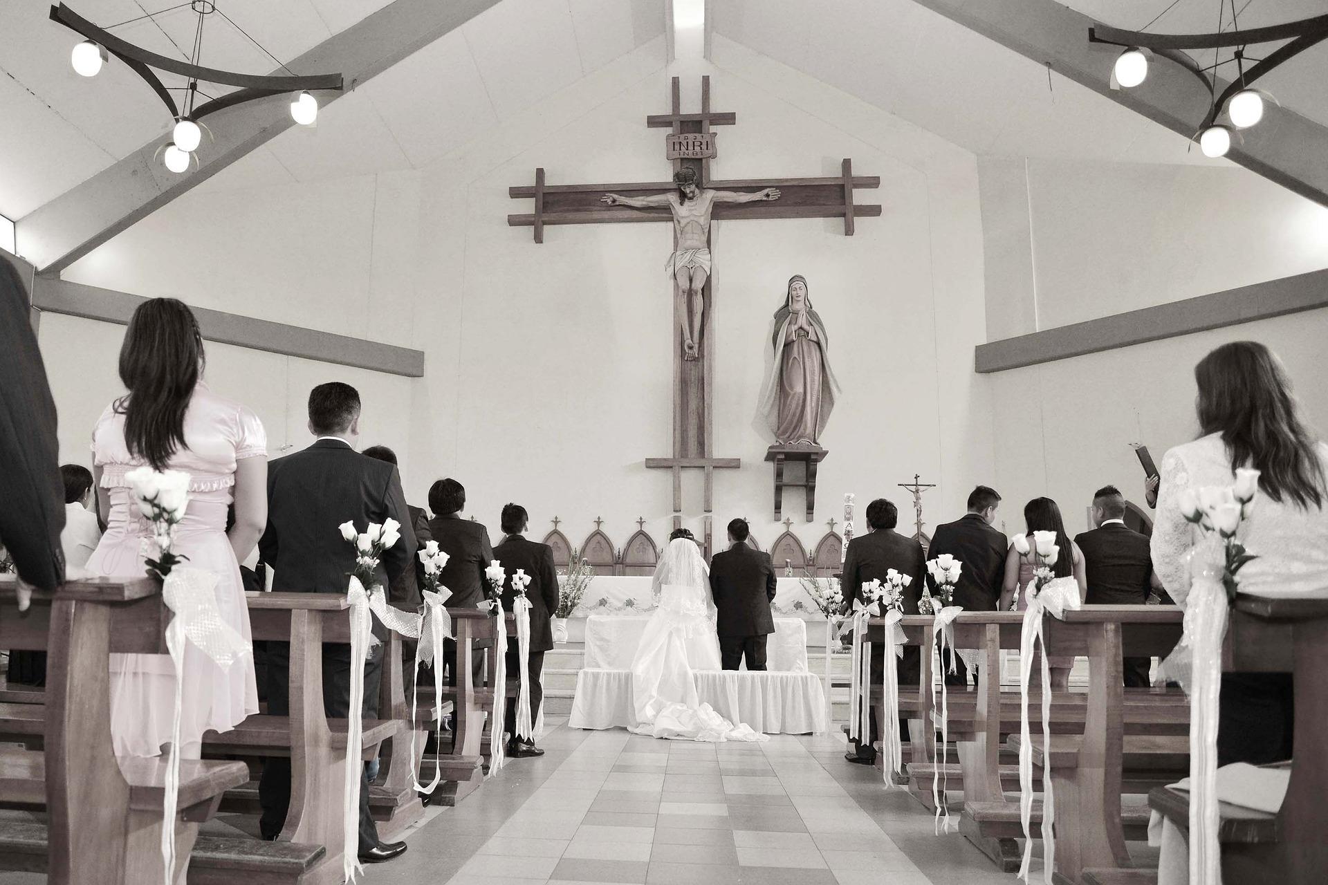 Ceux qui voulaient se marier: mariage civil ou religieux?