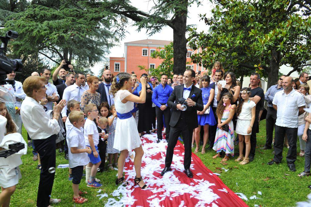 Le mariage surprise d'Alison organisé de A à Z par son fiancé (6)
