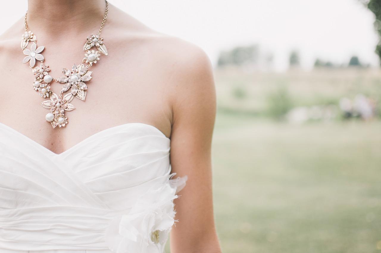 Celle qui a choisi sa robe sans réaliser le choix qu'elle faisait – Partie 1