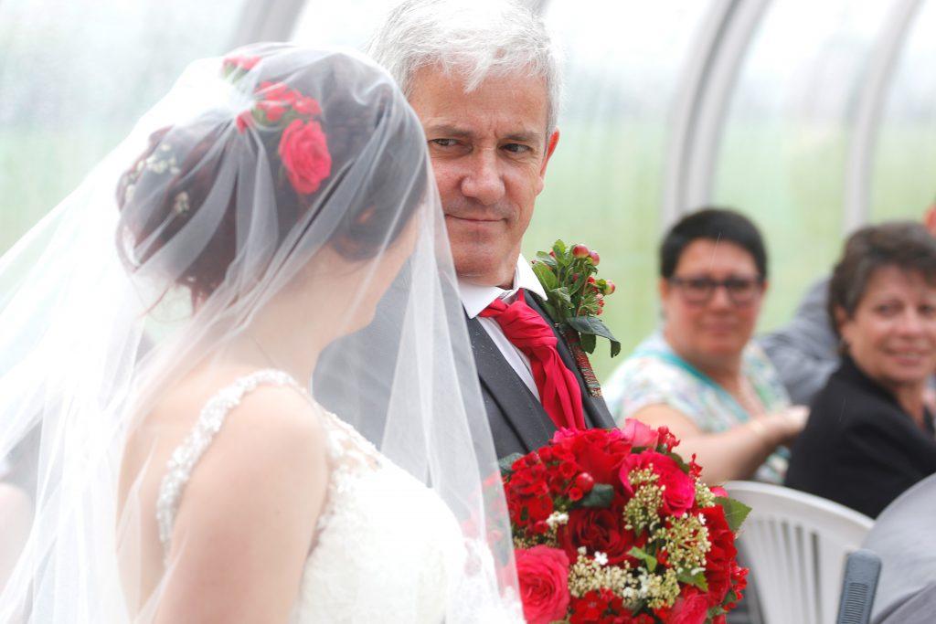L'entrée de la mariée // Photo : Christophe Lichtenstein