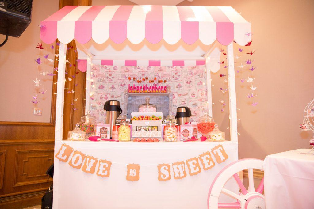 DIY de mariage : porte-alliances et candy bar