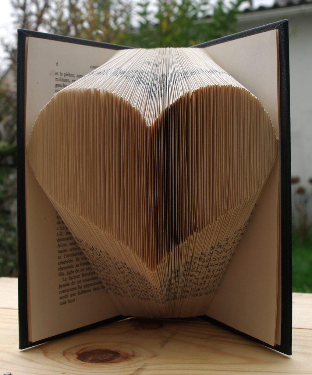 livre cœur en pliage