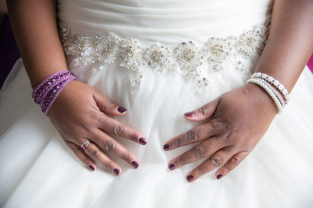 Mes préparatifs pour la mariage à l'église // Photo : Vincent Besson