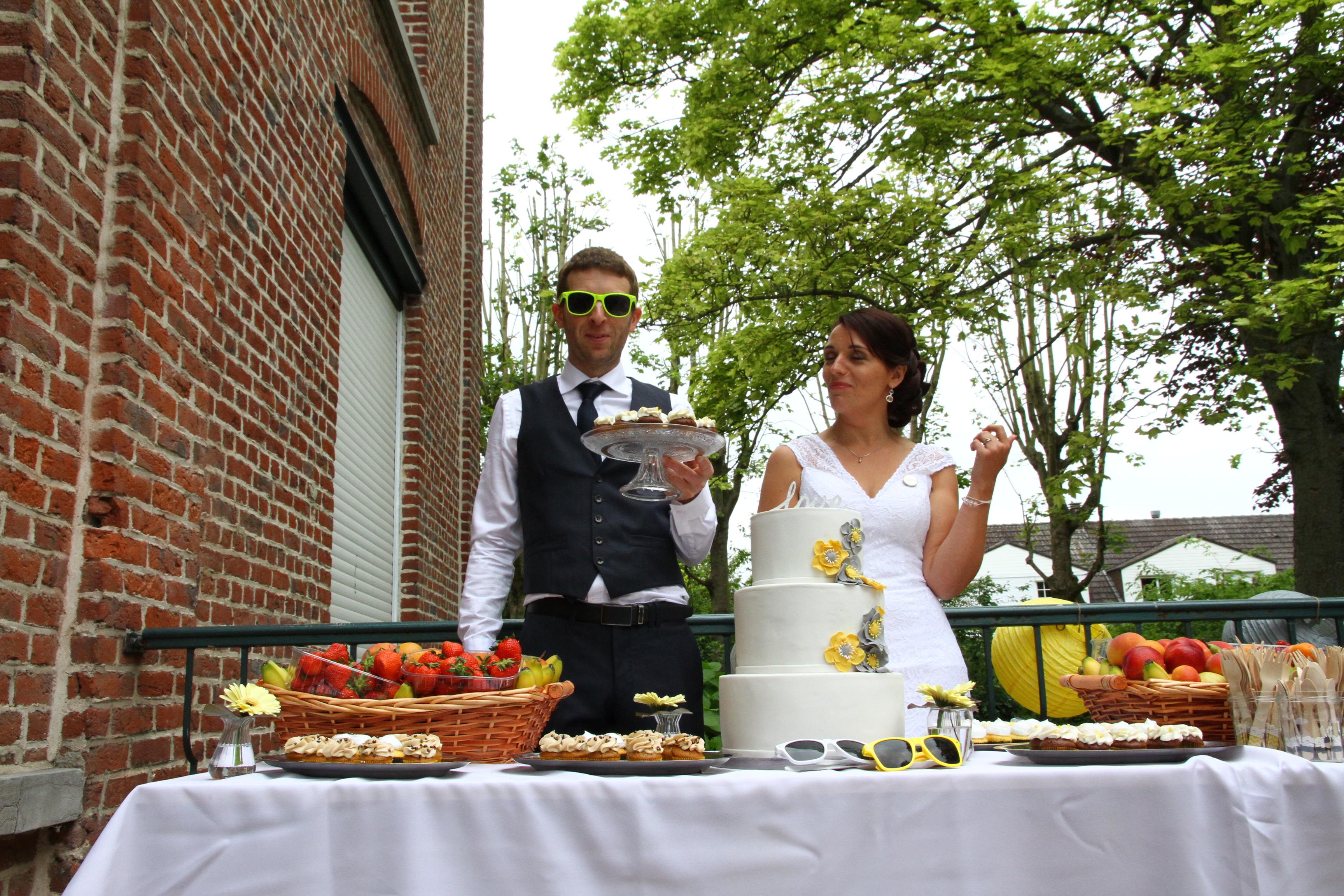 Mon mariage rétro chic en jaune et gris : le jour J – Partie 2