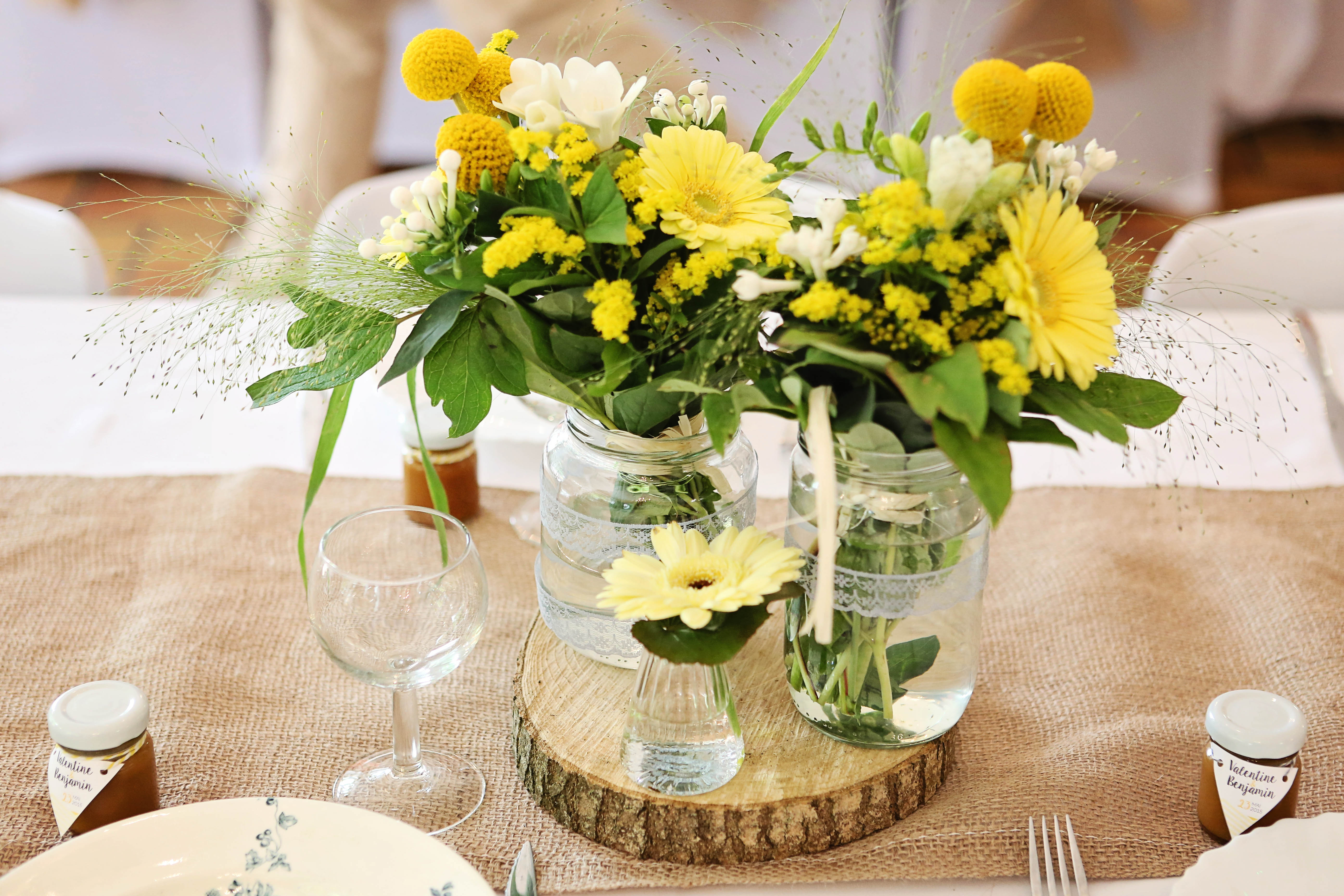 Mon mariage rétro chic en jaune et gris : les derniers préparatifs, mes prestataires et la déco !