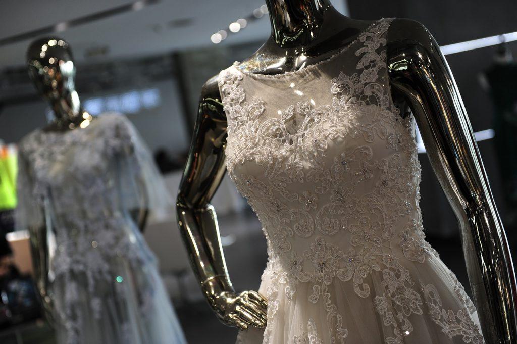 Essayages robes de mariée