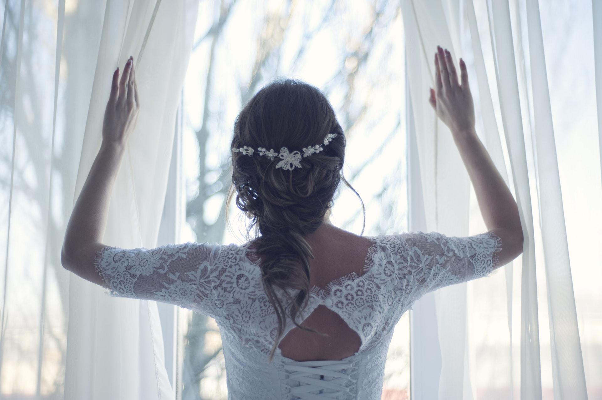 À toi, jeune fiancée qui prépare ton mariage