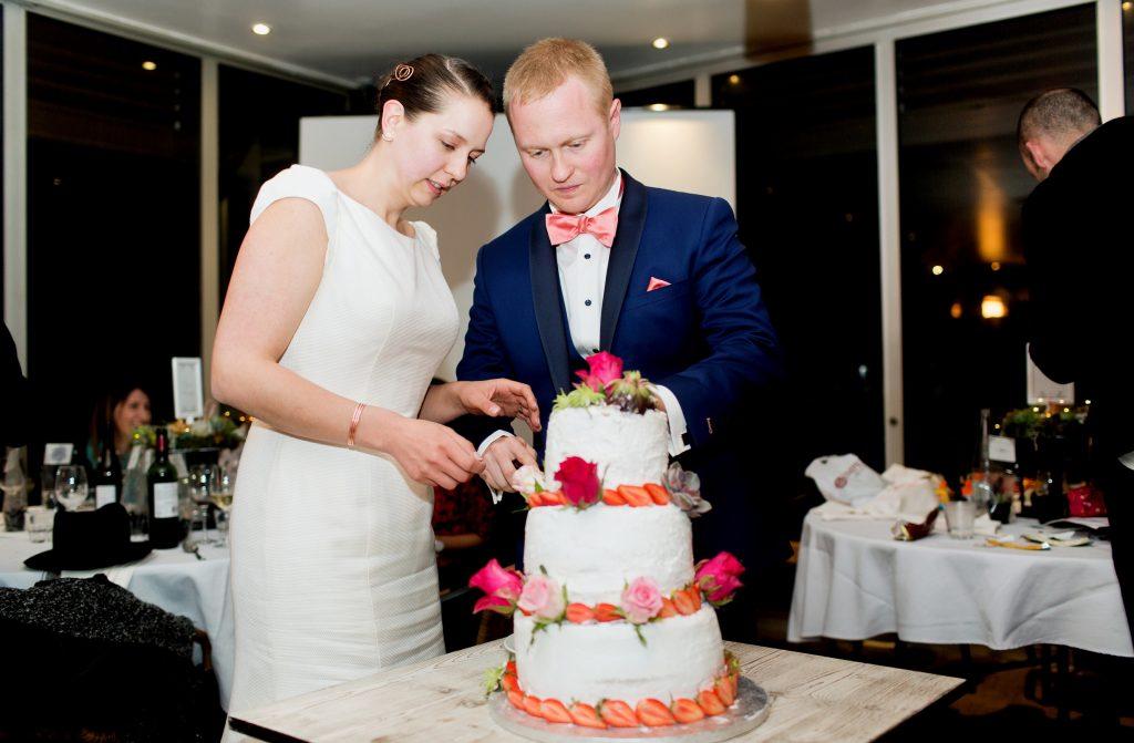 Notre wedding cake et le début de notre soirée dansante // Photo : Samonov Brothers