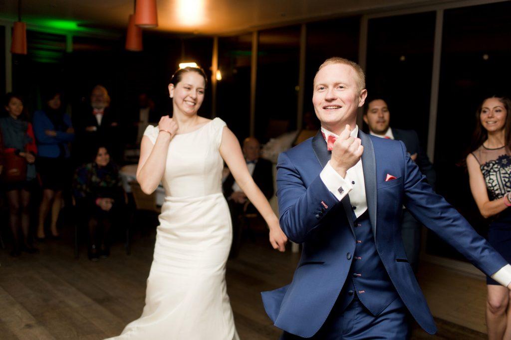Mon mariage bilingue en cuivre et succulentes : la première danse et la soirée du mariage