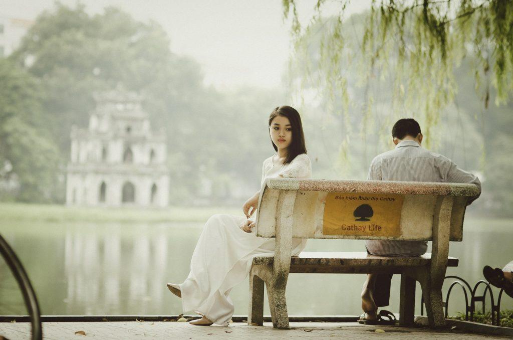 Résister à la tentation d'étrangler son fiancé