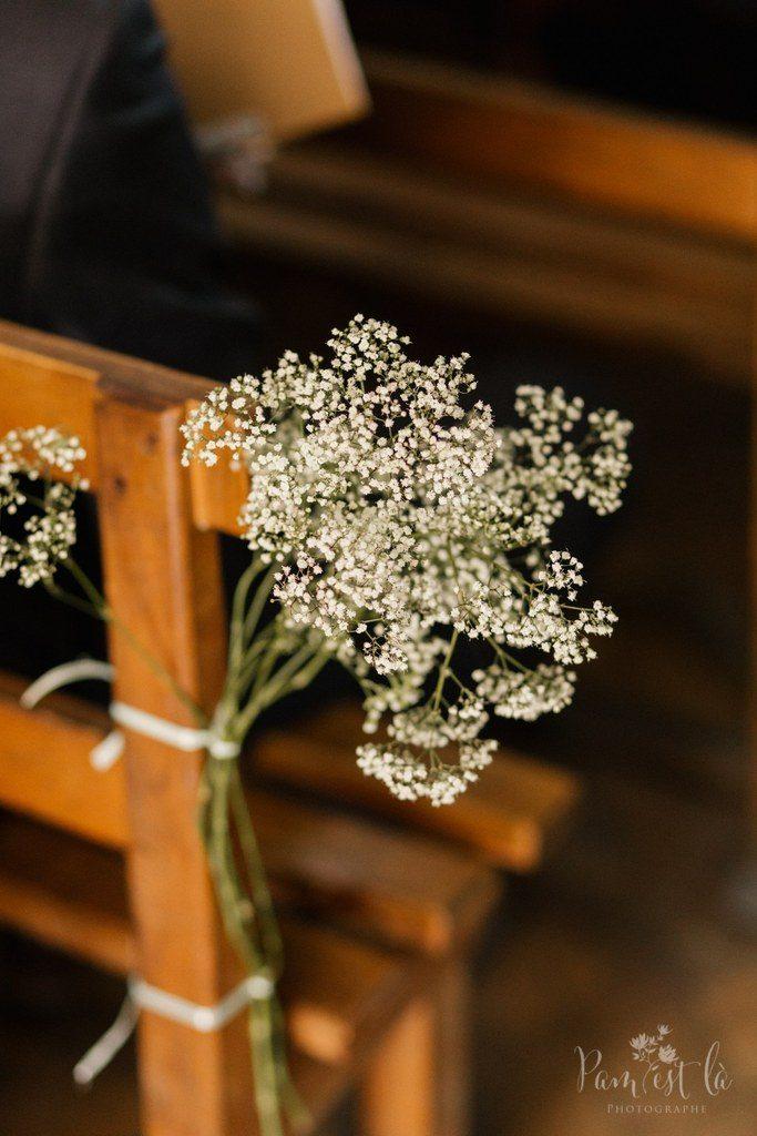 Décoration d'église : bouquets de gypsophile // Photo : Pam est là - photographe