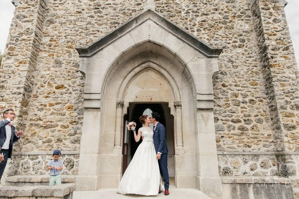 Mon mariage franco-chinois coloré : la sortie de l'église
