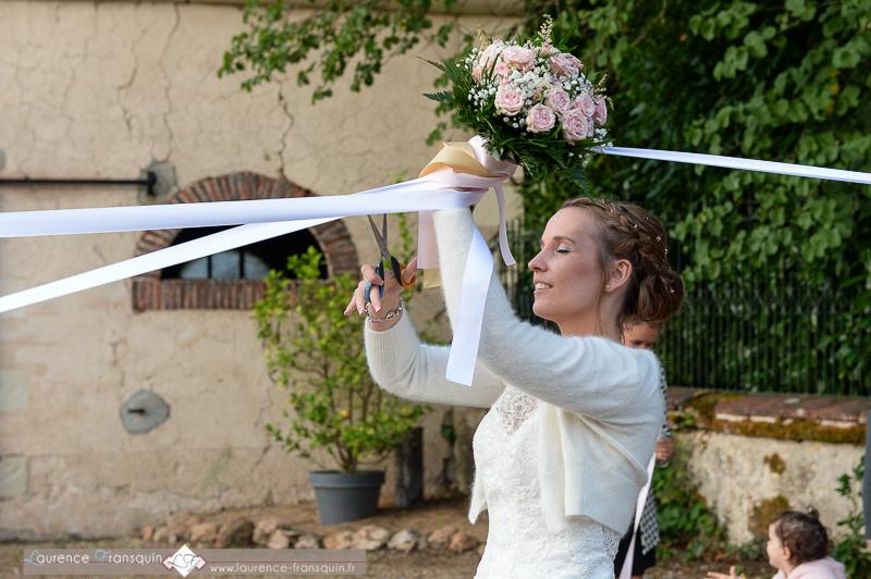 Le jeu des rubans à mon mariage // Photo : Laurence Fransquin