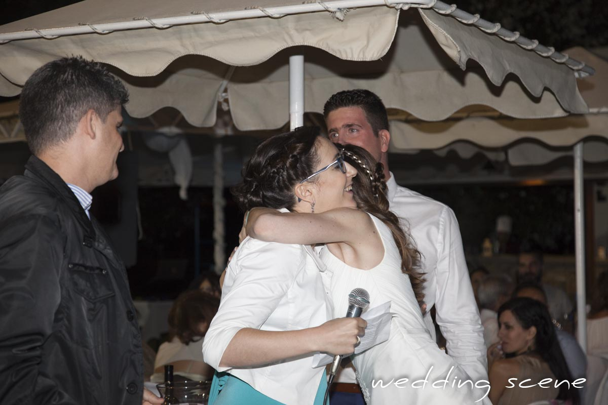 Mon mariage grec avec vue sur la mer: le début de la soirée et le discours émouvant de ma sœur