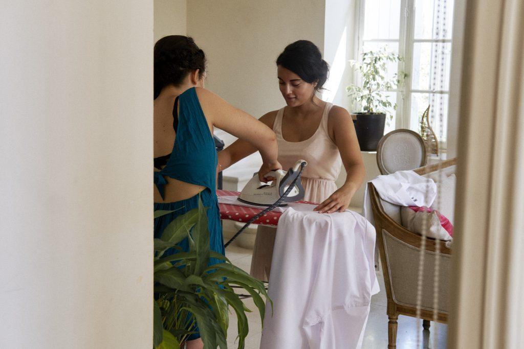 Les préparatifs du matin du mariage // Photo : Happy People