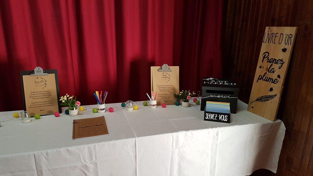 Ma table livre d'or et urne DIY kraft et blanc