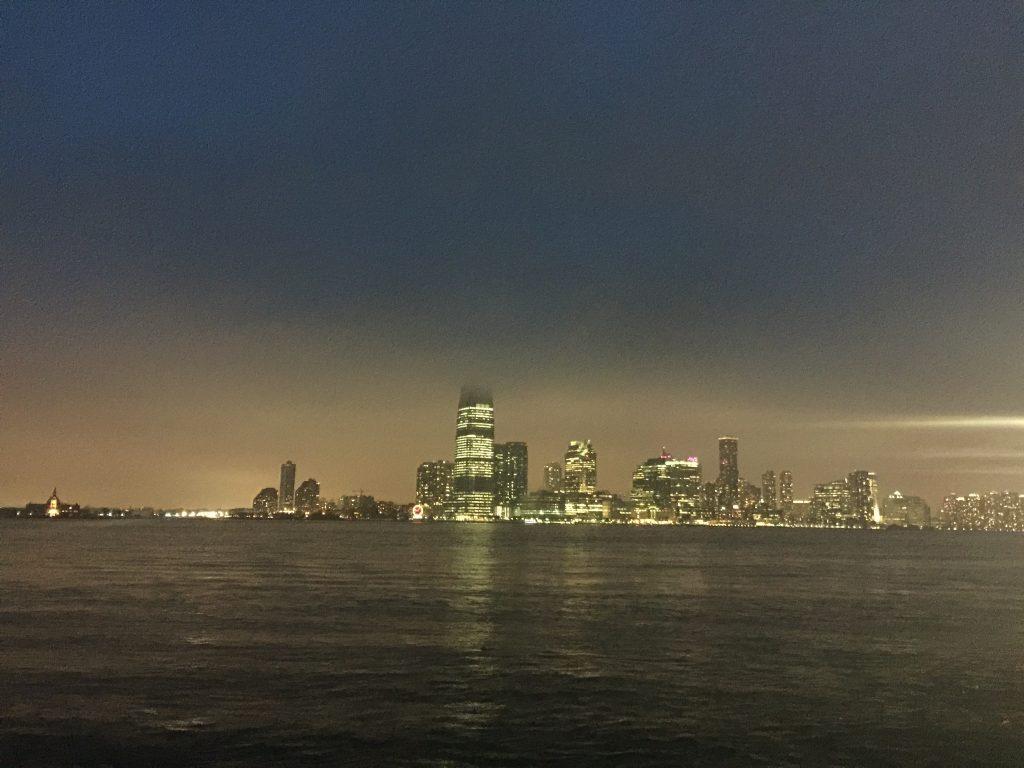Repas de mariage au bord de l'Hudson à New York
