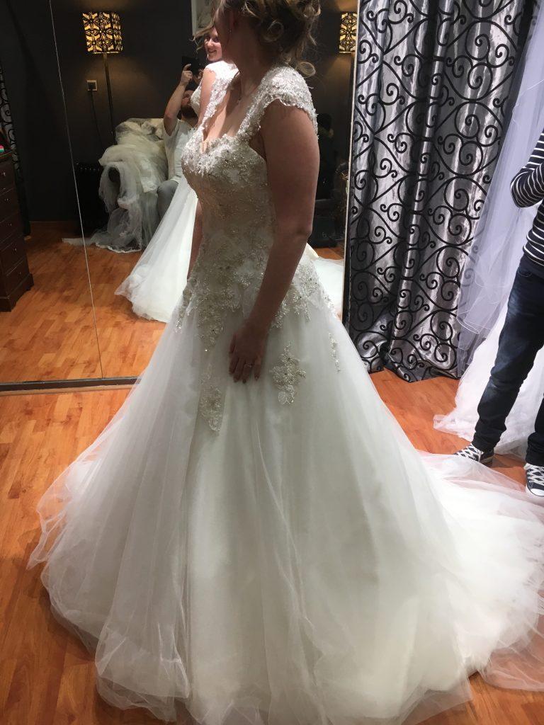 Ma robe coup de cœur : strass et dos ouvert