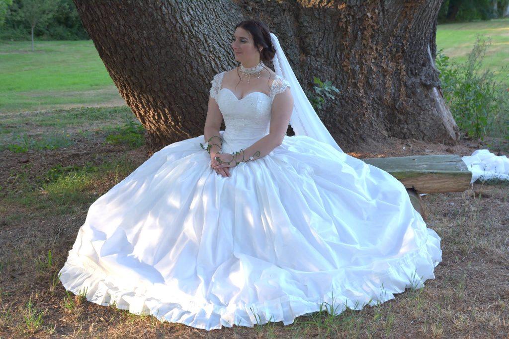 Robe de mariée de princesse de Madame Solène - Crédit : La vie en HD