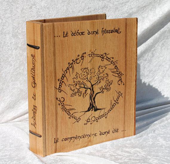 Livre d'or en bois personnalisable sur commande - inspirations elfiques