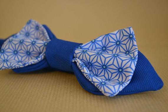 Ma wishlist Etsy : du bleu et du made in France - Noeud papillon bleu et blanc à motifs géométriques
