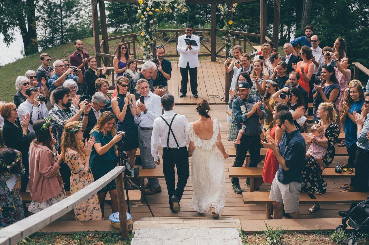Le mariage franco-québécois et participatif de Lise au bord de l'eau