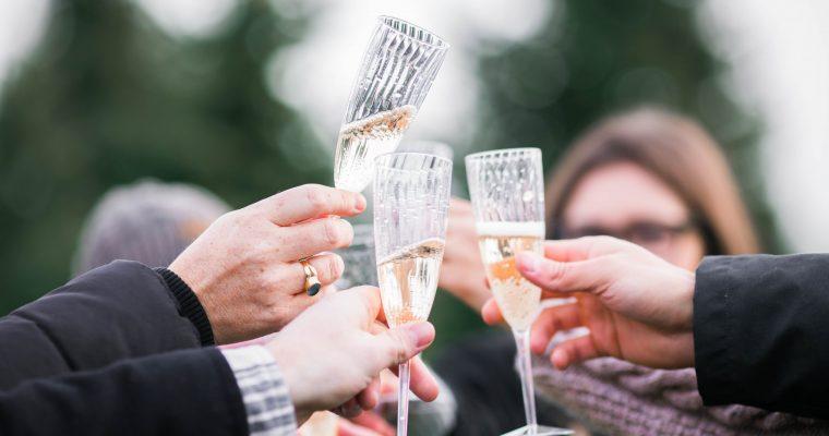 Quand la question du vin d'honneur s'invite à ton mariage