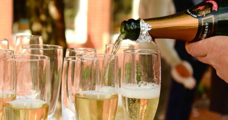 Mon mariage printanier-chic tout en émotions : notre dernière soirée de célibataire