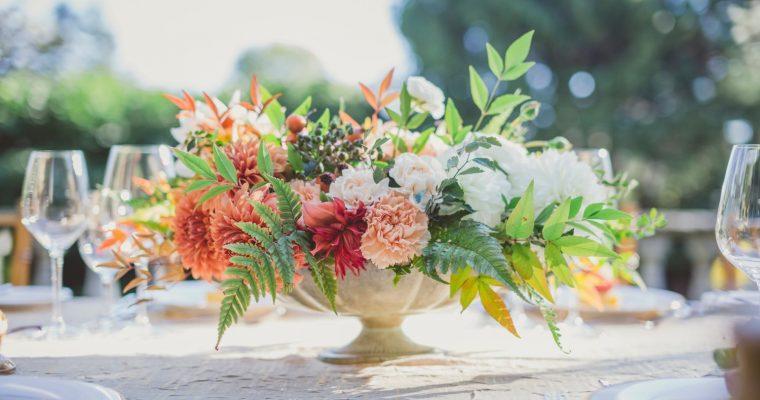 Comment trouver un thème de mariage et finir par un mariage sans thème