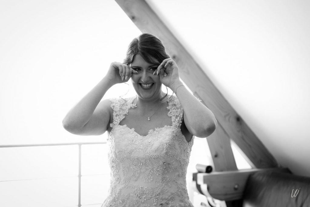 Les préparatifs de la mariée // Photo : Lucie Nicolas Photographe