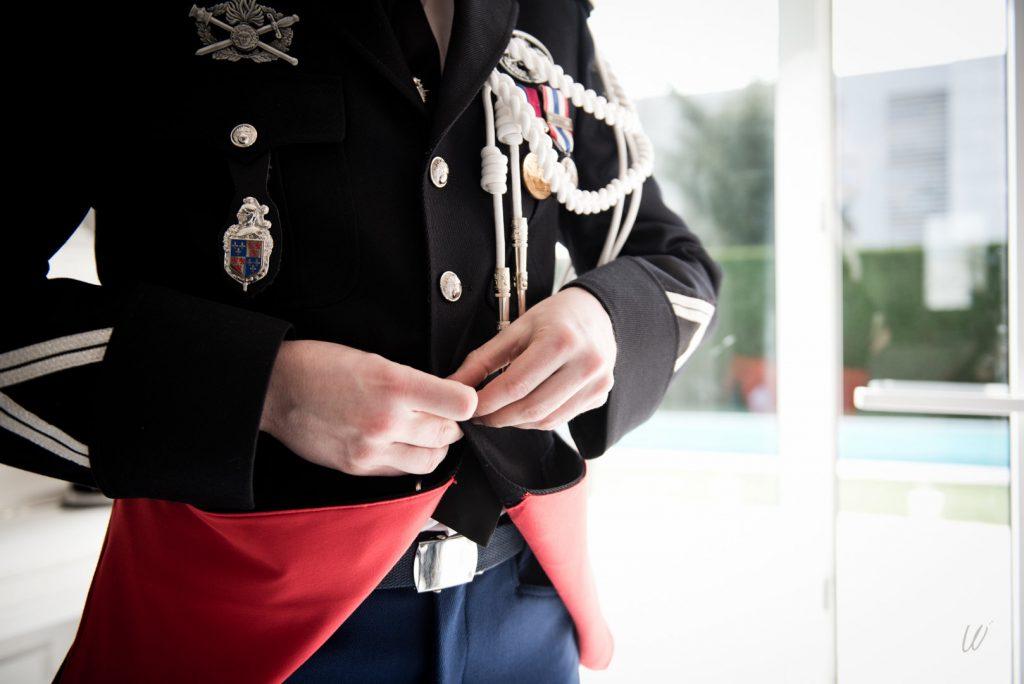 Le costume militaire du marié