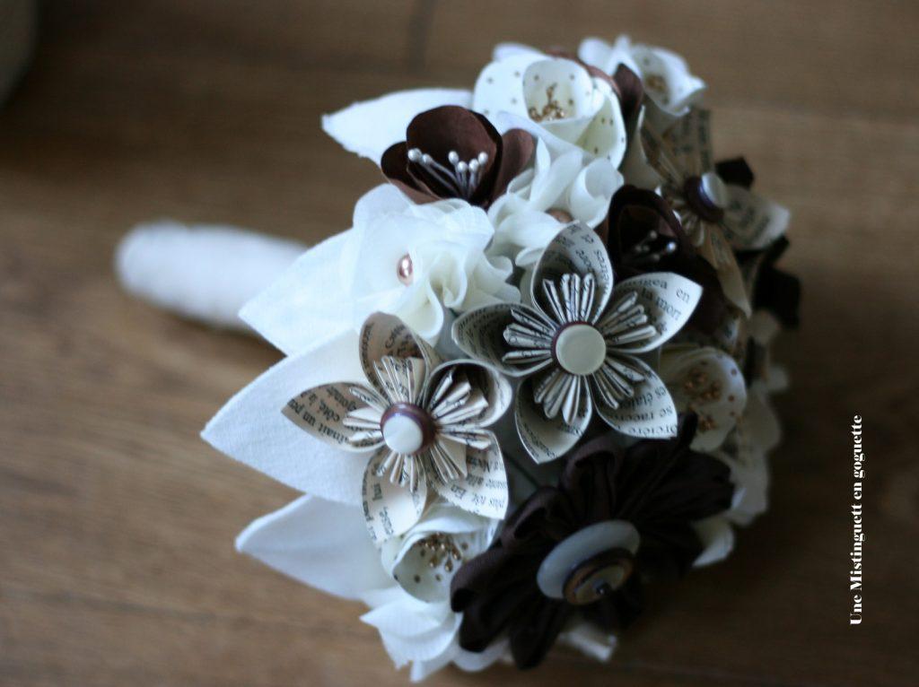 Mon bouquet de papier et tissu // Photo : Une Mistinguett en Goguette