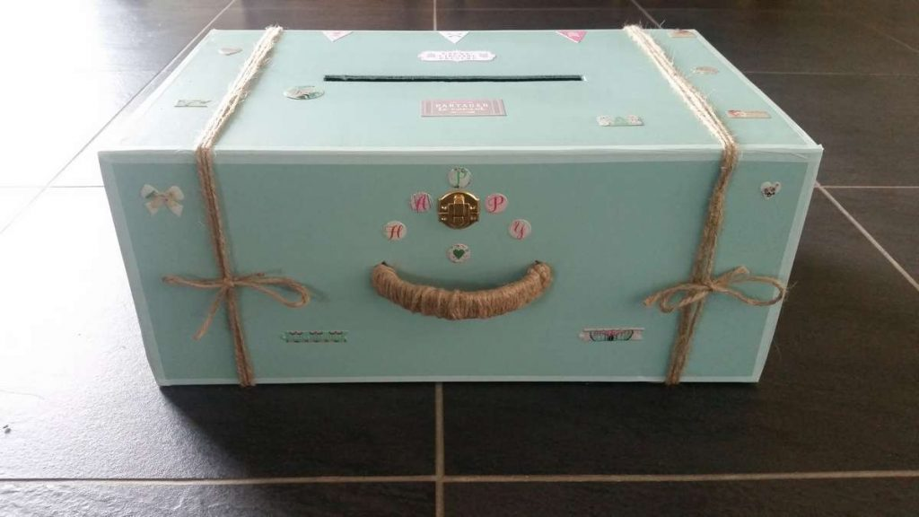 Tutoriel DIY : une valise de voyage comme urne pour le mariage