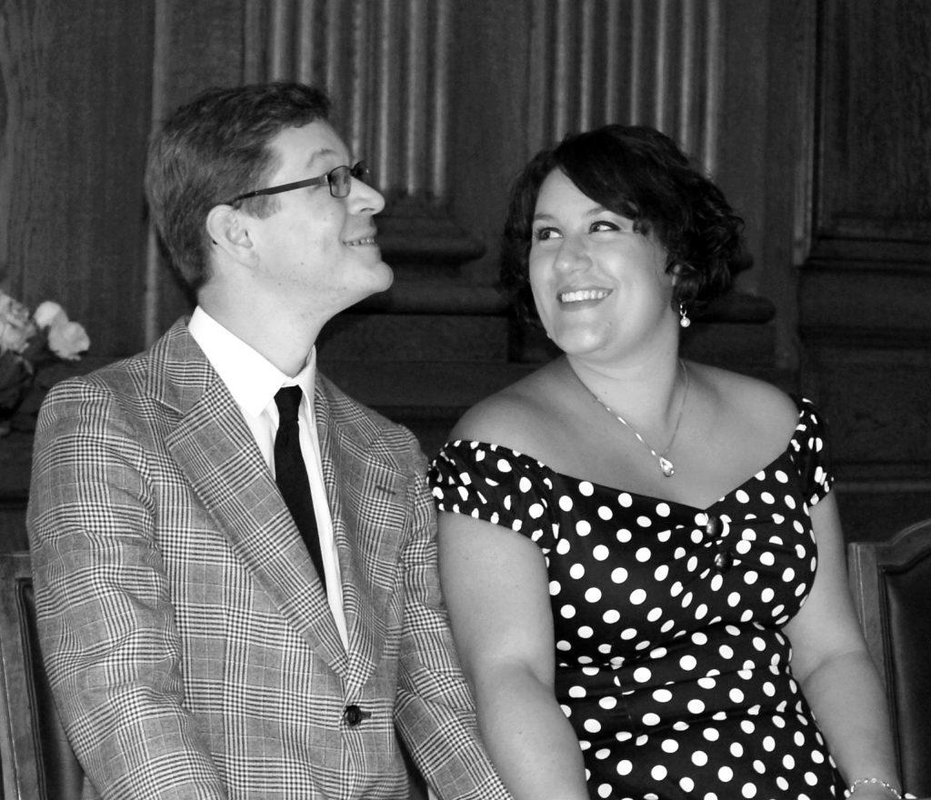 Cérémonie à la mairie... 15 jours après la fête du mariage !