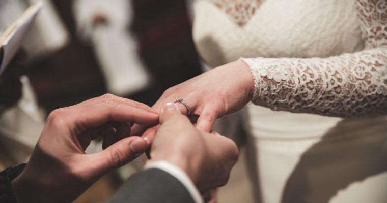 Mon chaleureux mariage enneigé : la cérémonie religieuse – Partie 2